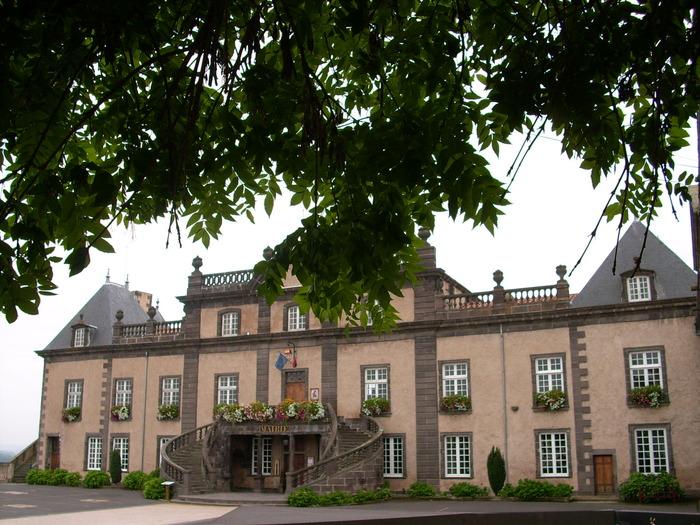 Journées du patrimoine 2018 - Visite  du château et expositions des associations castelpontines.