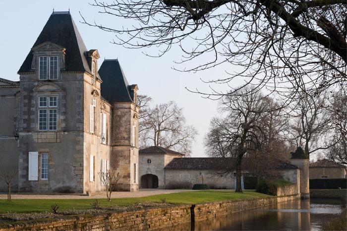 Journées du patrimoine 2018 - Visites guidées des extérieurs du Château d'Issan de Cantenac