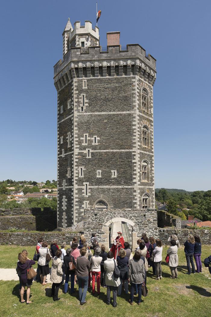 Journées du patrimoine 2018 - visites guidées du château médiéval d'Oudon