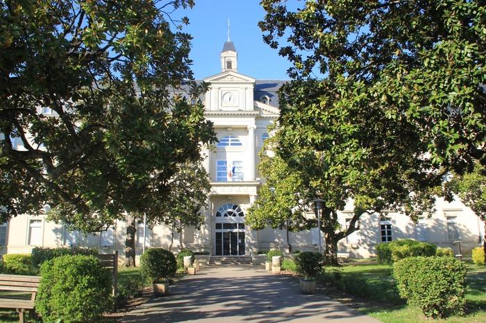 Crédits image : © Lycée Albert-Claveille