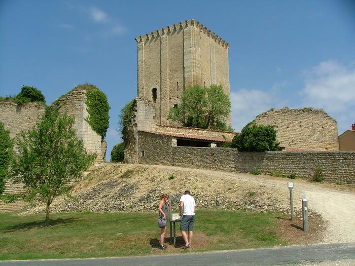 Journées du patrimoine 2018 - Visite libre du Donjon de Moncontour
