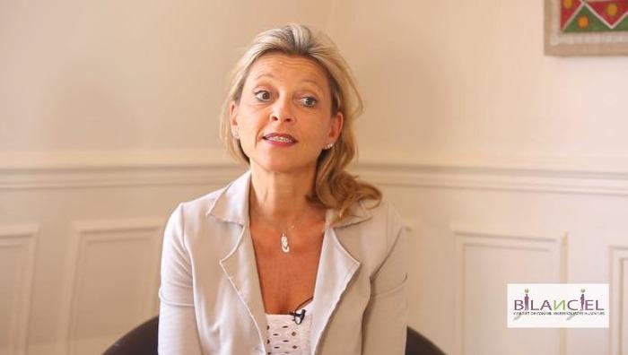 Voyage au cœur du lien : Sophie Touttée-Henrotte en dédicace au salon Lire à l'…
