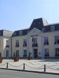Journées du patrimoine 2016 -L'hôtel de ville de Gagny et le taxi de la Marne