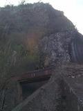 Journées du patrimoine 2016 -Canal des Aloès dans sa partie aérienne, en encorbellement au-dessus du radier du Ouaki (site d'escalade du Verval)