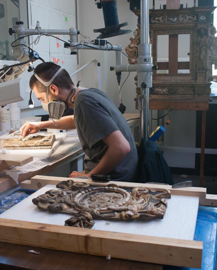 Journées du patrimoine 2019 - Institut national du patrimoine - atelier de démonstration de la formation au métier de restaurateur du patrimoine
