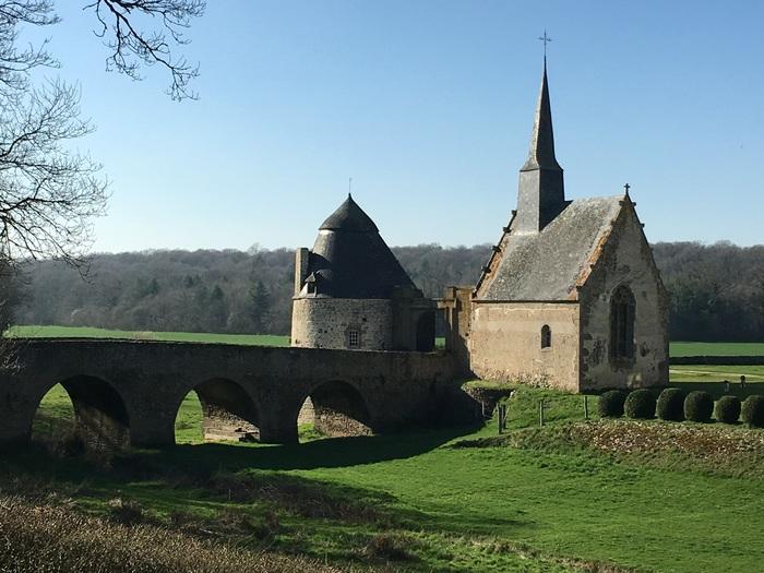 Journées du patrimoine 2020 - Exposition de photos dans La Chapelle du château de Bourgon-Montourtier