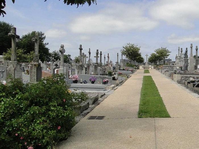 Journées du patrimoine 2020 - Tombes historiques et monuments remarquables du cimetière de Ploërmel
