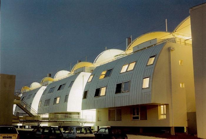 Architecture d'inspiration navale des années 90