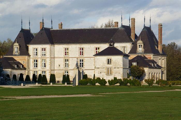 Journées du patrimoine 2019 - Conférences au Château de Vitry-la-Ville par le propriétaire