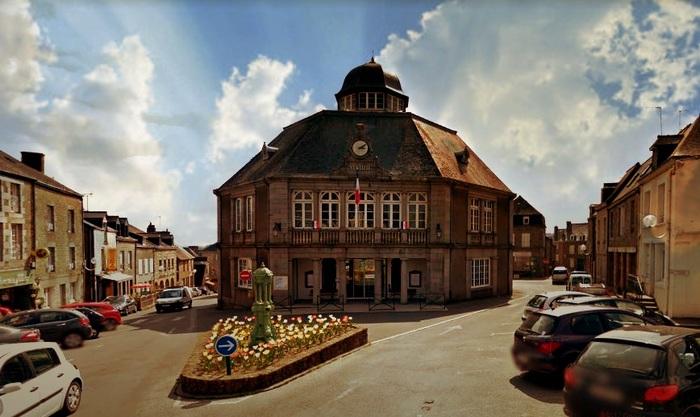 Journées du patrimoine 2020 - Visite de la mairie, son théâtre, sa verrière et ses trésors patrimoniaux