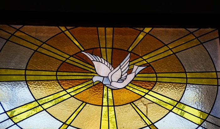 Comment l'Esprit-Saint agit-il dans la grâce sanctifiante?  avec P. Louis-François