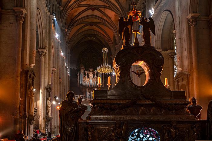 Journées du patrimoine 2020 - Mise en lumière de l'église abbatiale.