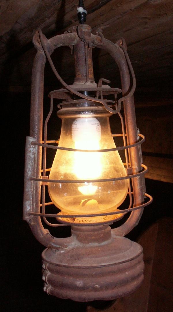 Nuit des musées 2019 -Visite guidée à la lanterne de l'habitation de la Maison du Patrimoine Bornandin