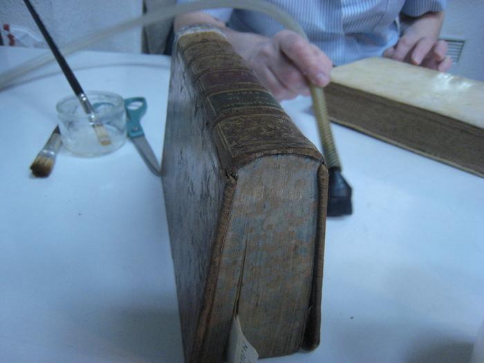 Journées du patrimoine 2019 - Atelier de réparation de livres