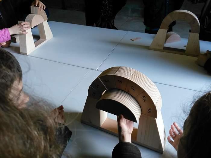 Journées du patrimoine 2020 - Atelier « L'architecte se casse la tête : Les modes de constructions de l'amphithéâtre »