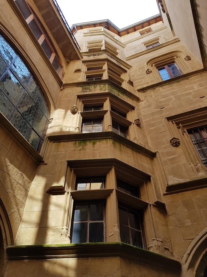 Journées du patrimoine 2019 - Les cours des hôtels particuliers