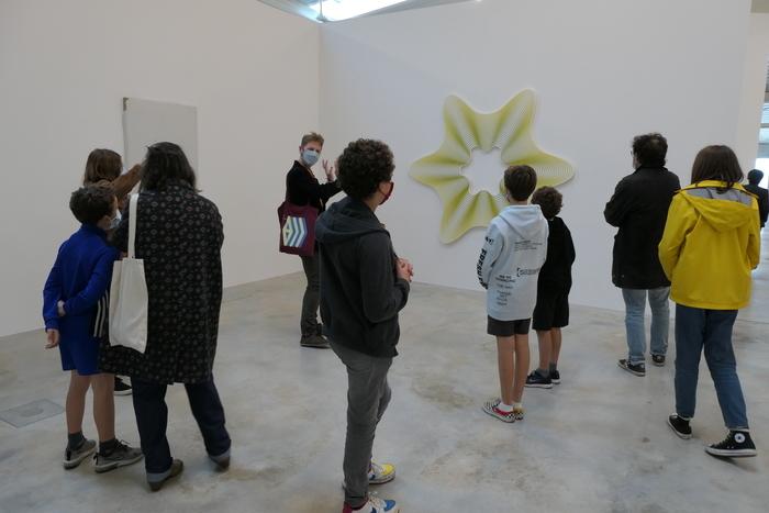 Visite partagée de l'exposition «Milléniales. Peintures 2000-2020» – spécial vacances d'octobre