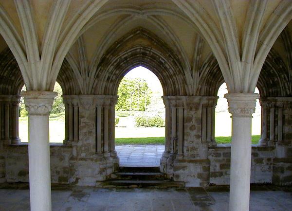 Journées du patrimoine 2019 - Visite libre du Site abbatial de Saint-Maurice.