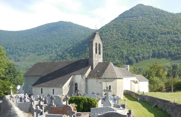 Crédits image : © 64-capbis-église-extérieur-ithurbide