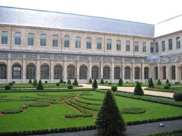 Journées du patrimoine 2017 - De l'abbaye royale à la maison d'éducation de la Légion d'honneur