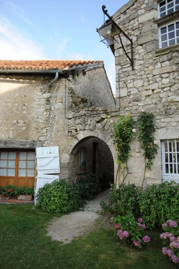 Journées du patrimoine 2018 - Visite commentée du village de Charroux.