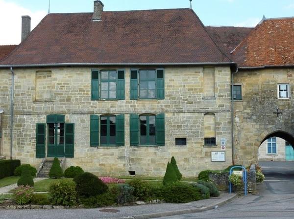 Logis seigneurial de l'ancien château de Lisle