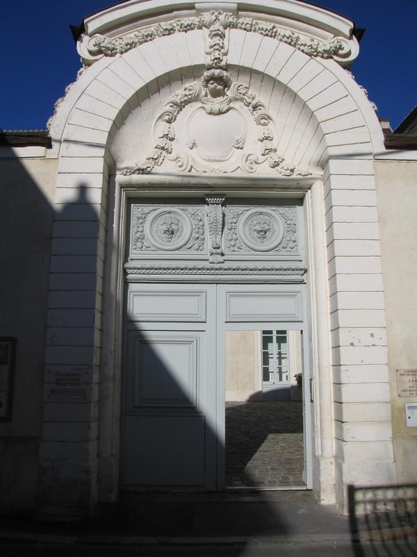Crédits image : cl. Musées de Sens