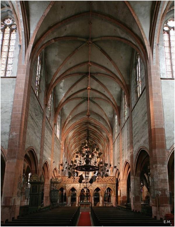 Crédits image : Église Saint-Pierre le Jeune-Nef centrale - © E. Muller