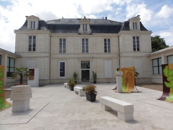 Crédits image : © Ville de Saint-Jean d'Angély