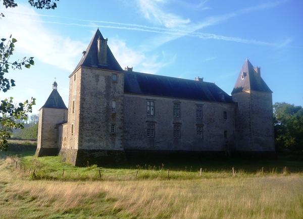 Crédits image : Château de Tassigny © Xavier de Bisthoven