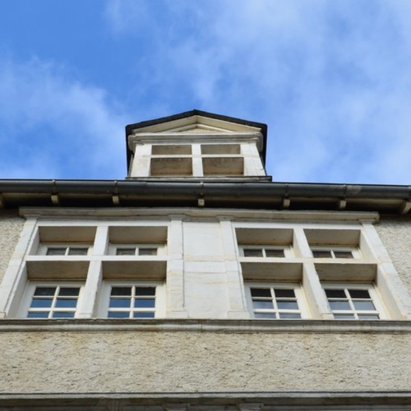 Crédits image : Façade de la Maison du Patrimoine © Service Patrimoine OSM.