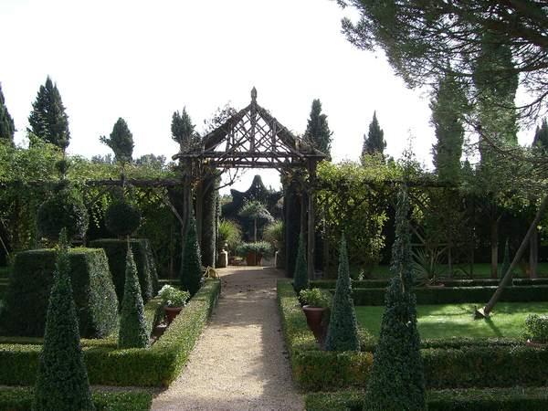 Crédits image : jardin du bâtiment