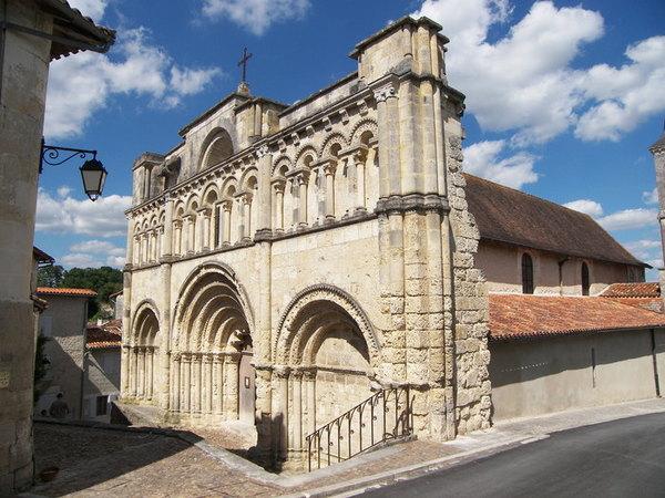 Crédits image : © Mairie d'Aubeterre-sur-Dronne