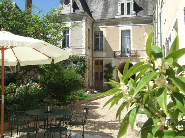 Journées du patrimoine 2017 - Exposition d'art dans les hôtels particuliers de la Grande Rue à Richelieu