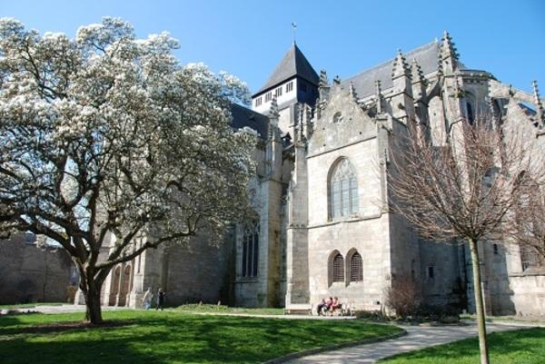 Crédits image : Cl. Service Patrimoines, Ville de Dinan