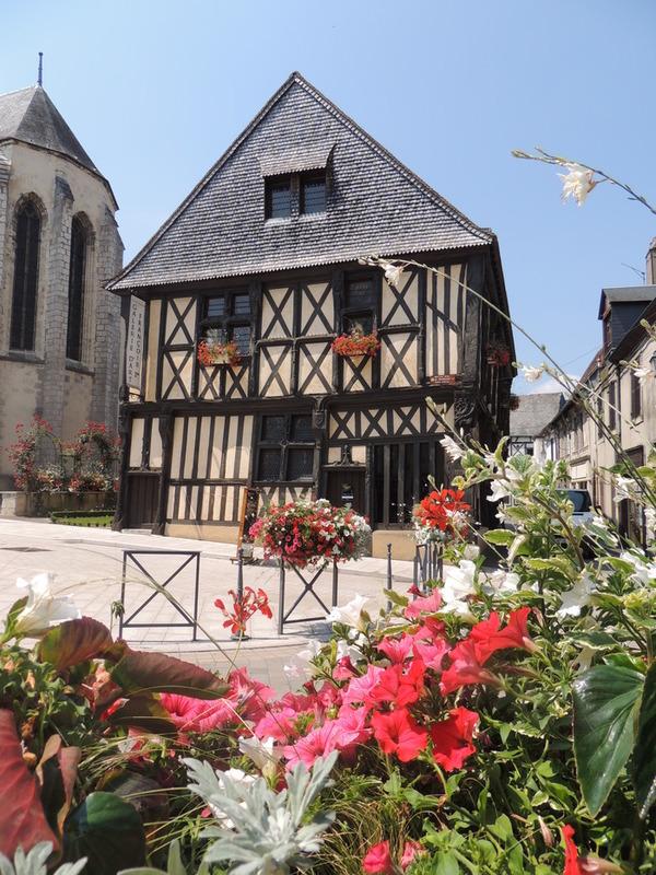 Crédits image : Mairie Aubigny-sur-Nère