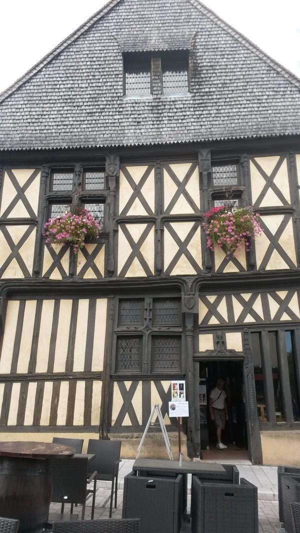 Crédits image : Mairie Aubigny sur Nère