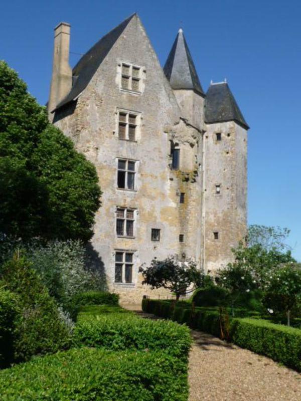 Journées du patrimoine 2018 - Visite guidée du Donjon de Ballon et de son jardin. Vue panoramique à plus de 40km. Prix Maine Libre du plus beau monument de la Sarthe