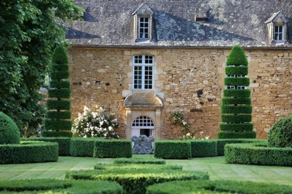 Crédits image : Eyrignac et ses jardins ©J érome Morel