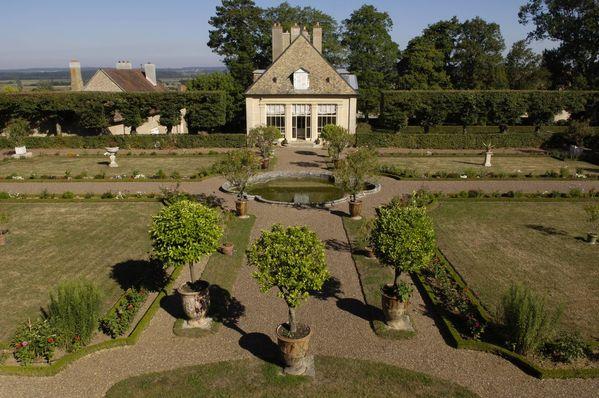 Rendez Vous aux Jardins 2018 -Jardin à la française et parc anglais du Château de Jallerange