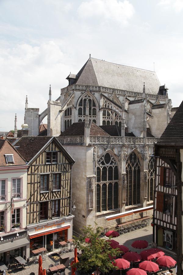 Crédits image : Église Saint-Jean-au-Marché, Photographie : Adrien Clergeot, Ville de Troyes