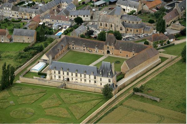 Crédits image : © château de Fresney le Puceux