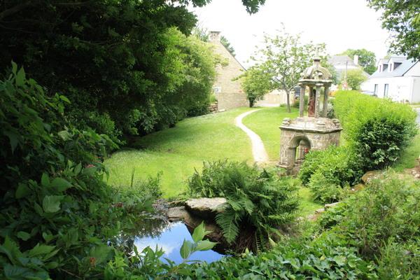 Journées du patrimoine 2020 - Visite libre - Fontaine Ste-Anne et lavoir, Le Guerno