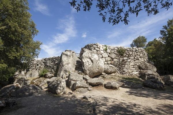 Journées du patrimoine 2017 - visite commentée des sites archéologiques de Cucuruzu, Capula, San Larenzu protégés au titre des monuments historiques