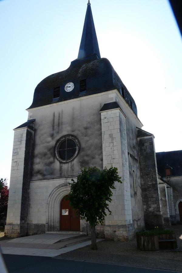 Crédits image : Poulaines église