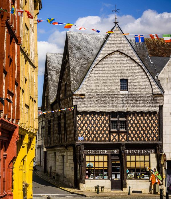 Journées du patrimoine 2017 - Partez à la découverte de la cité de Montrichard à travers une visite guidée dans les rues de la ville