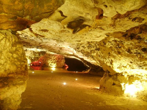 Crédits image : Grottes de Foulon