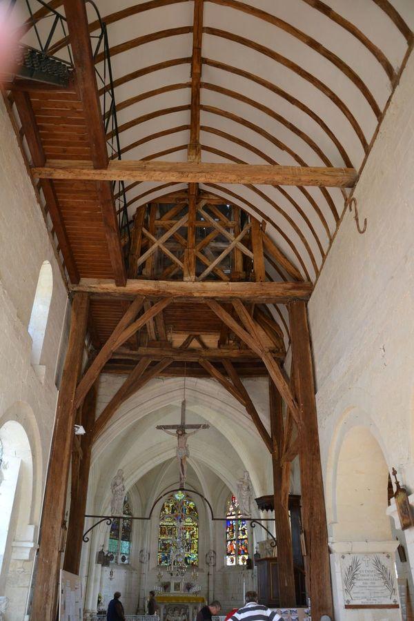 Crédits image : Eglise Saint-Pierre et Saint-Paul © libre de droits