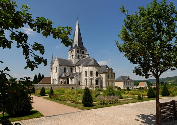 Crédits image : © Abbaye Saint-Georges-de-Boscherville