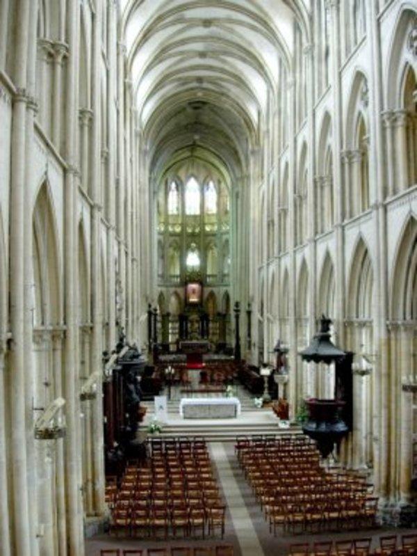 Crédits image : © Collégiale Notre-Dame et Saint-Laurent